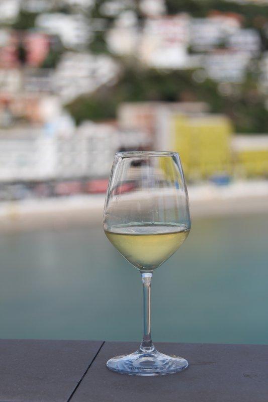 White wine in Ulcinj