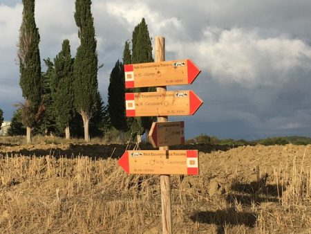 Hiking routes in Val d'Orcia, Italy