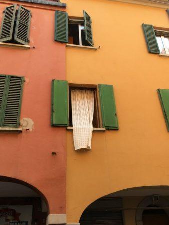 Bologna windows