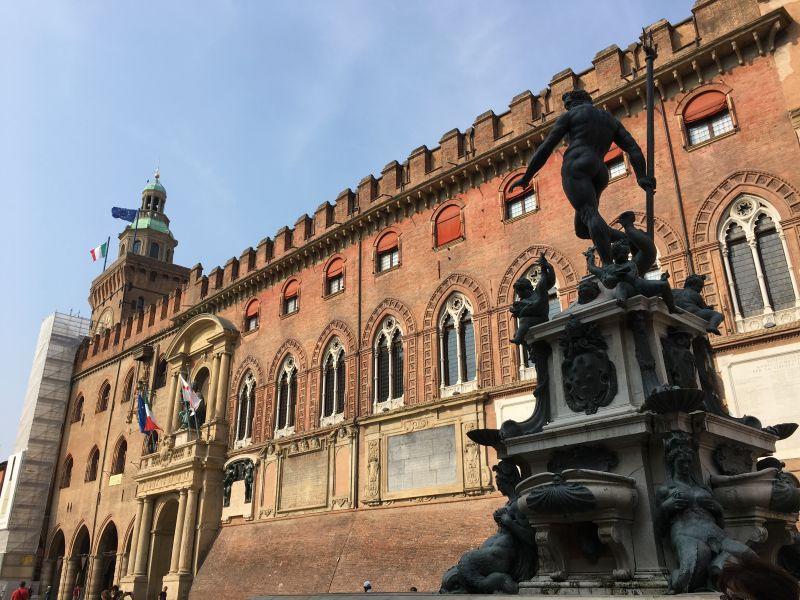 Fontana di Nettuno and Palazzo Comunale, Bologna