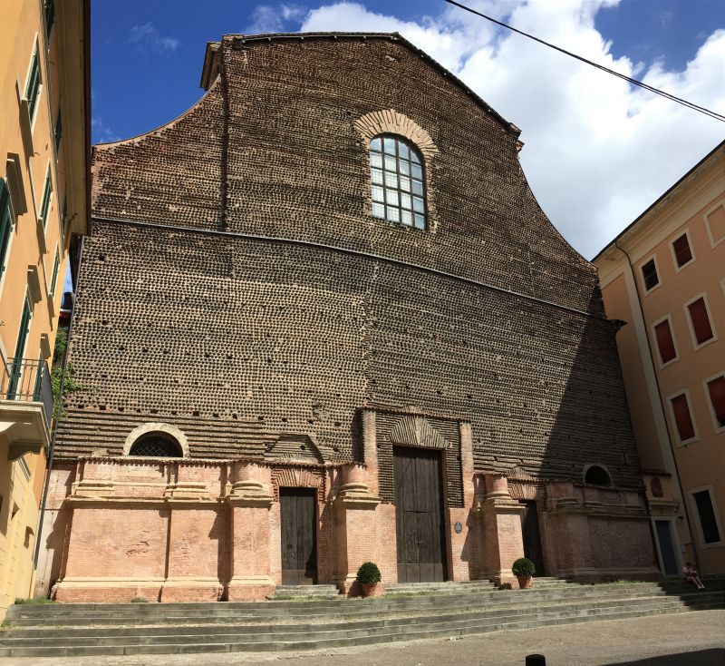 Via Santo Stefano church, Bologna
